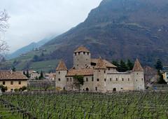 Bolzano - Castel Mareccio (antonella galardi) Tags: altoadige sudtirol bolzano città 2013 castello mareccio schloss maretsch talvera