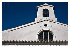 sinfonía mediterránea (II) (K_BAU) Tags: espadaña roseton mediterraneo geometria geometric blue white azul iglesia church