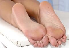 single (FeetShoesAddict) Tags: leg blondebabe stocking