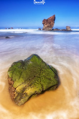 Aguilar (danielfi) Tags: aguilar playa beach asturias asturies coast costa naturaleza nature mar sea roca rock sand arena paisaje seascape long exposure larga exposición
