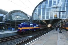 RXP 1251 te Amsterdam Centraal (vos.nathan) Tags: rxp railexperts 1200 1251 ig schienenverkehr ostfriesland igso amsterdam centraal asd