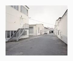 Ehrenfeld, 2019 (Darius Urbanek) Tags: 120 6x7 cologne germany kodak köln mamiya7 portra400 analog ehrenfeld architecture color film mediumformat