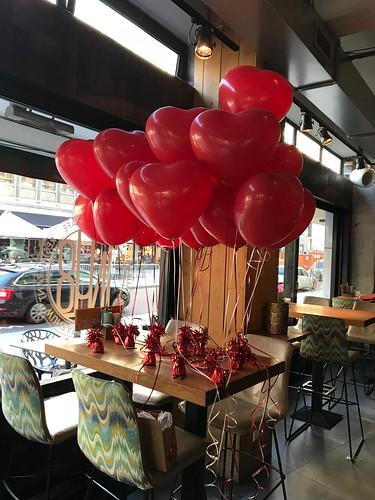 Tafeldecoratie 2ballonnen Hartballonnen Valentijnsdag 1NUL8 Rotterdam
