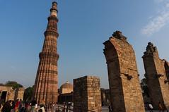 Qutub Minar (VoLGio) Tags: delhi newdelhi nuevadelhi india qutub qutab qutb minar qutubminar qutabminar qutbminar qutabcomplex complex qutubcomplex qutbcomplex minarete minaret delhisultanate sonynex6 sony1650 sony 1650 nex6