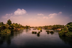 Si Phan Don (4000 islands), Laos (pas le matin) Tags: travel voyage landscape paysage world sunset coucherdesoleil siphandon 4000îles 4000islands laos asia lao asie southeastasia fleuve rivière river mekong water eau tree île island canon 7d canon7d canoneos7d eos7d