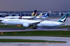 Cathay Pacific | Boeing 777-300ER | B-KQD | London Heathrow (Dennis HKG) Tags: aircraft airplane airport plane planespotting oneworld canon 7d 100400 london heathrow egll lhr cathay cathaypacific cpa cx boeing 777 777300 boeing777 boeing777300 777300er boeing777300er bkqd