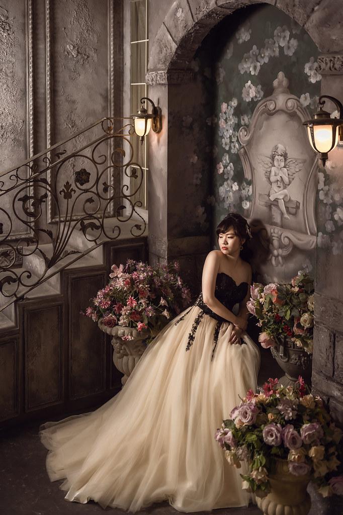 """""""塔可影像,婚紗攝影,prewedding,中部婚紗景點,苗栗婚紗,婚紗基地,格林童話,攝影棚,韓風婚紗,婚紗場景,水上教堂,"""
