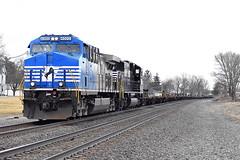 NS DC/AC 4000 at Kendallville Indiana (Matt Ditton) Tags: ns dcac 4000 kendallville indiana train railroad