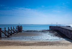 WPG 12 Month Challenge 2019. (SteveCrowhurst 2011) Tags: pier mulberry harbour thames medway essex kent sea sky water beach