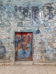 Escaping demolition (Arturo Nahum) Tags: arturonahum chile collipulli fachadas facades doors windows graffiti streetart wallart walls