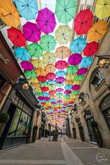 Galerie parisienne (Julien CHARLES photography) Tags: levillageroyal galerie paris france parapluie parapluies art umbrella umbrellas