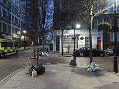 20190213T06-52-25Z (fitzrovialitter) Tags: peterfoster fitzrovialitter city camden westminster streets urban street environment london fitzrovia streetphotography documentary authenticstreet reportage photojournalism editorial daybyday journal diary captureone olympusem1markii mzuiko 1240mmpro microfourthirds mft m43 μ43 μft oitrack exiftool england gbr geo:lat=5151920000 geo:lon=013925000 geotagged unitedkingdom westendward