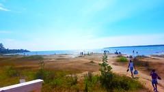 Blue reminiscence (Galactic Dawn) Tags: lake tobermory cielblue blueskies horizon sand warmth water beach summerdays