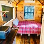 "Tiny Cabin, Gatlinburg TN <a style=""margin-left:10px; font-size:0.8em;"" href=""http://www.flickr.com/photos/132885244@N07/46520876325/"" target=""_blank"">@flickr</a>"