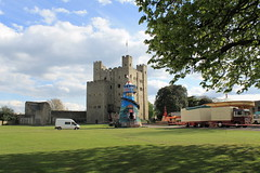 Helter Skelter ride at carnival at Rochester Castle (littlefenwick) Tags: rochester kent england rochestercastle castle carnival