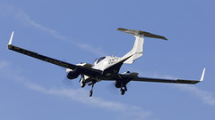 DA-42 Twin Star (Bernie Condon) Tags: mod boscombedown boscombe test trials airfield qinetiq wilts uk diamond da42 twinstar twn civil light aircraft plane flying aviation etps aaee