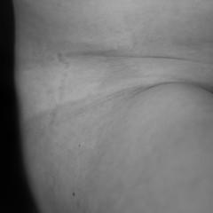 Louison (anaisschram) Tags: skin peau body corps blackandwhite noiretblanc blanc grain monochrome bw nude naked bodypositive