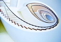 Treppenauge (kuestenkind) Tags: treppenhaus treppe staircase hamburg stairs fisheye