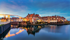 Enkhuizen, Netherlands (AdelheidS Photography) Tags: adelheidsphotography adelheidsmitt adelheidspictures netherlands nederland enkhuizen bluehour blauwuurtje blauweuurtje evening cityscape citylights canoneos6dmii reflection village westfriesland noordholland