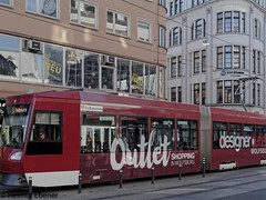 BS, Öffentlicher Nahverkehr (bleibend) Tags: 2019 em5 leicadgsummilux25mmf14 omd braunschweig bs city m43 mft nahverkehr niedersachsen olympus olympusem5 olympusomd omnibus transport öffentlicherverkehr