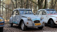 Citroën 2CV 1985 (XBXG) Tags: nf48kg citroën 2cv 1985 citroën2cv 2pk eend geit deuche deudeuche 2cv6 winterhoesmeeting 2019 huppel lupinestraat hechteleksel hechtel eksel limburg vlaanderen belgië belgique belgium vintage old classic french car auto automobile voiture ancienne française france vehicle outdoor