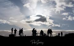 Waiting the moment (PepinAir) Tags: edimburg scotland travel backlight highlands people sunset edimburgo escocia reinounido gb sundown xt3