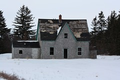 Abandoned Farmhouse (Craigford) Tags: hermanville pei canada old abandoned house farmhouse dilapidated