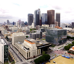 LA Times Building and Downtown Los Angeles (█ Slices of Light █▀ ▀ ▀) Tags: downtown 2019 observation deck view los angeles city hall 洛杉矶市政厅 市政厅 la times building losangeles 洛杉磯 洛杉矶 california 加州 加利福尼亞 californie カリフォルニア kalifornien amérique 美国 amerika estados unidos sony rx1rm2 rx1r ii panorama stitched arcsoft maker 3