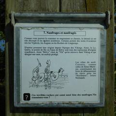 DSCN6165 Tour du Moulard, Montfarville (Manche) (Thomas The Baguette) Tags: barfleur montfarville valdesaire rape colza cotentin manche lamanche lemoulard lasambiere calvaire oratoire crabec moulin