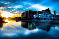 Reflection (Maria Eklind) Tags: turningtorso hovrätten skåne sky hovrättenöverskåneochblekinge sunset himmel solljus solnedgång sweden outdoor cityscape highcourt city malmö skånelän sverige se