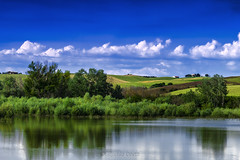 Santa Luce  / Holy Light (Eugenio GV Costa) Tags: approvato santa luce holy light lago lake acqua water riflessi reflections campagna nuvole cielo alberi countryside clouds sky trees outside