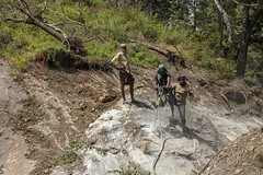 Very Manual Labour (Kev Gregory (General)) Tags: tour south southern india indian asia kev gregory canon 6d mark ii holiday bangalore mysore kabini ooty madurai munnar alleppey cochin marari beach manual labor labour break rock floods landslide devastation