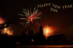 Happy New Year 2019 (Steenjep) Tags: nytår newyear nat night fyrværkeri firework sky himmel lys light dark shadow skygge hus house home