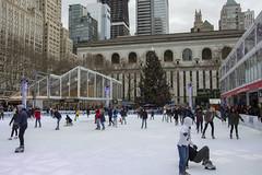 Bryant Park, New York (Glenn Pye) Tags: bryantpark newyork usa iceskating nikon nikond7200