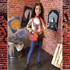 Someone's a Wonder Woman Fan (MaxxieJames) Tags: vittoria belmonte barbie doll mattel made move fashion fashionista dc wonder woman collector