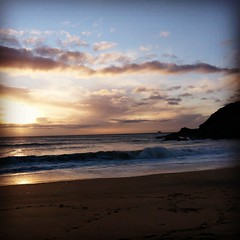 Gunwalloe Beach (Geoff Buck) Tags: cornwall lizard swcoastpath coastpath gunwalloebeach gunwalloe beach