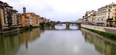 Ponte Santa Trinità in Firenze (Francesco Pesciarelli) Tags: flickr pesha bridge arno firenze pontesantatrinita water building michelangelo ammannati 1500 reflections panorama italy tuscany italia toscana sky