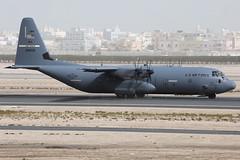 08-8606 C-130J Hercules USAF (JaffaPix +5 million views-thanks...) Tags: 088606 c130j hercules usaf herc obbi davejefferys jaffapix jaffapixcom aeroplane aircraft aviation airplane plane planespotting military cargo c130