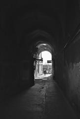 światło i cień (roman25a) Tags: w b