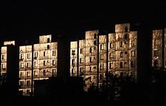 (Сергей88) Tags: москва рассвет лучисолнца вешняки восход здание дом высотка тень