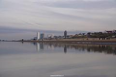 DSC01773 (ZANDVOORTfoto.nl) Tags: beachlife strand aanzee december zandvoort nederland netherlands beachphoto strandfoto