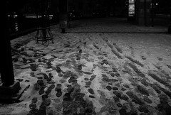 IMG_5826-15 (Goldenwaters) Tags: streetphotography lensculture subjective capturestreets canon50d 50d vienna wien citystreets winter snow snowing white winterweather europe