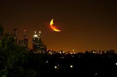 Moon set over Melbourne City Skyline. No editing (PsJeremy) Tags: nightsky moonset moonlight crescent bulan sabit melbourne