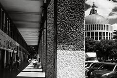 doppia prospettiva (duegnazio) Tags: italia italy lazio roma rome duegnazio canon40d donbosco portico porticato chiesa church streetphotography biancoenero blackandwhite sangiovannibosco piazza square