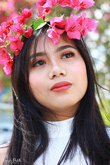 IMG_2597 (Sharmila Padilla) Tags: flowers lady canon portrait ladies balloon outside play pinkflowers pink photography street modes happy joy smile pretty sports white road makeup