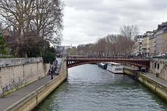 la Seine (Chaufglass) Tags: paris france europe seine laseine quais escaliers