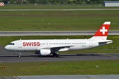"""""""Saint-Prex"""" Swiss International Air Lines HB-IJI Airbus A320-214 cn/577 @ EDDL / DUS 04-05-2018 (Nabil Molinari Photography) Tags: saintprex swiss international air lines hbiji airbus a320214 cn577 eddl dus 04052018"""