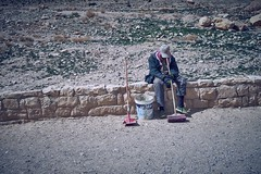 man at work (van1o) Tags: jordan sonya7 sonyilce7 petra desert people
