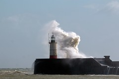 Newhaven 03.19 (6) * ({House} Photography) Tags: newhaven harbour lighthouse eastsussex water sea ocean storm wind stormy seaside housephotography timothyhouse canon 70d sigma 150600 contemporary