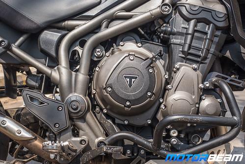 Triumph-Tiger-1200-XCx-16
